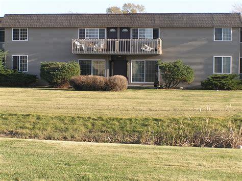 Apartment Homes Of Wildwood Preserve Wildwood Preserve Rentals Oak Creek Wi Apartments