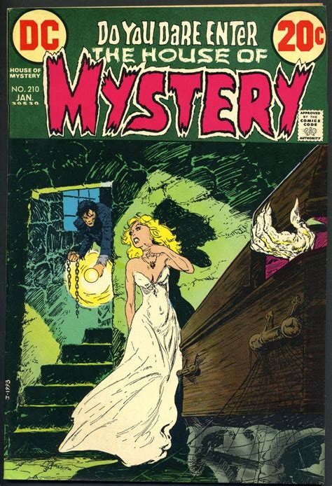 Buku Misteri Horor In Search Of Dracula top 10 frightened horror comics