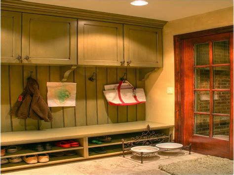 ideas things to consider before choosing mud room