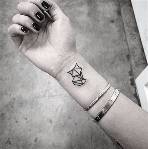 geometric tattoo tiny 41 wonderful geometric wrist tattoos design