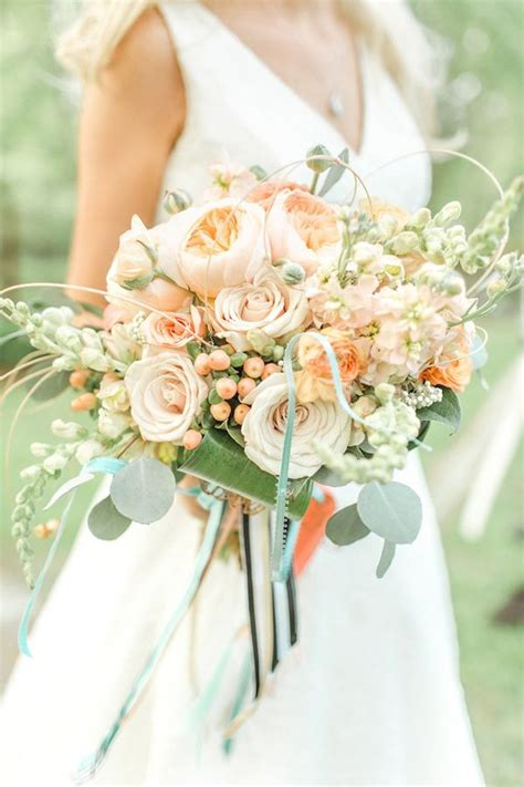 Wildflower Arrangements by Bride Bouquet Trends For 2015 Weddings Supernova Wedding