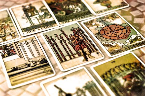 where can i get my tarot card reading interpreted for free