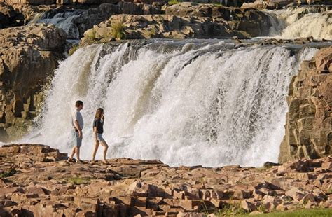 garden sioux falls must see south dakota nine great places