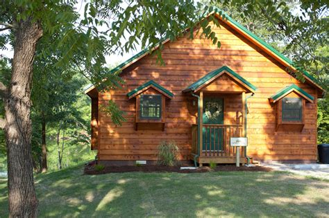 Woodland Cabins Southern Illinois by White Woodland Cabins