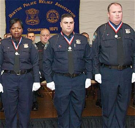 golden house everett ma three local officers receive halloran award for bravery east boston times free press