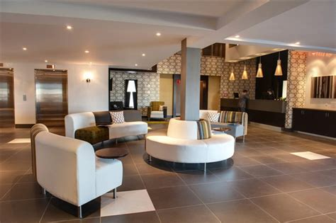 contemporary hotel lobby interior design