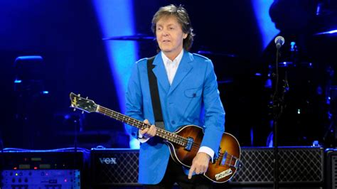 paul mccartney paul mccartney returns to stage after hospitalization