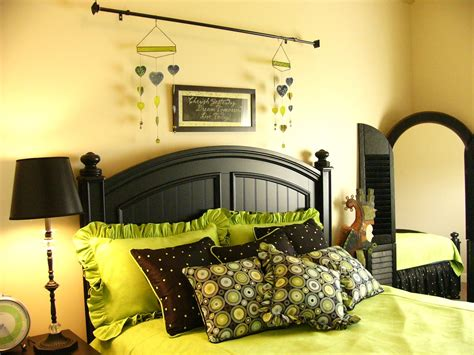ideas for s green and black bedroom on