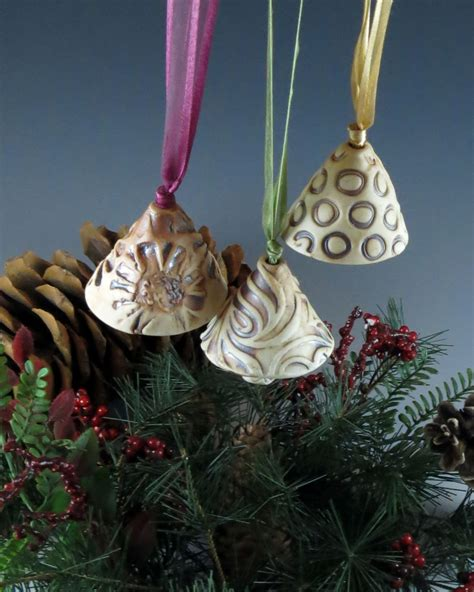 handmade christmas ornaments make great gifts artizan made