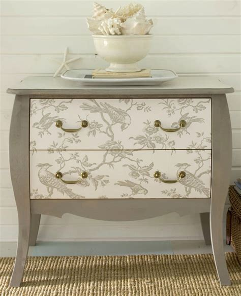 Decoupage Furniture With Wallpaper - decorar m 243 veis papel de parede cl 225 udia bravo