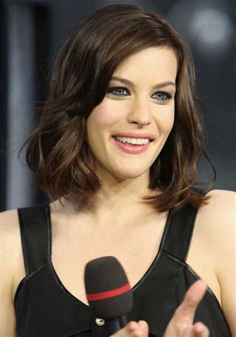 trendy hairstyles for women with long chins 15 best bob hairstyles for oval faces bob hairstyles