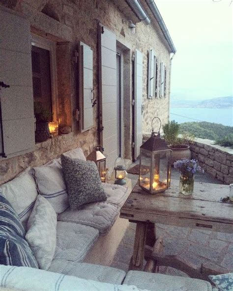cozy cottage home decor best 25 balcony decoration ideas on pinterest balcony