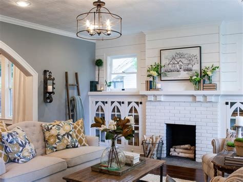 photo library of paint colors living room paint colors photos hgtv s fixer upper with chip and joanna gaines hgtv