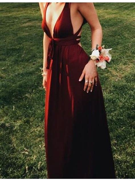 burgundy color prom dress best 25 burgundy prom dresses ideas on