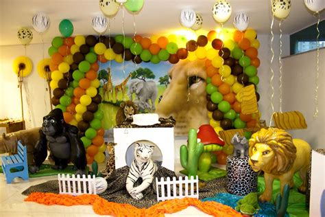 jungle theme birthday decoration ideas jungle ideas design dazzle