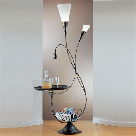 tisch und stehleuchten dekorative stehleuchte mit tisch im fackeldesign wohnlicht
