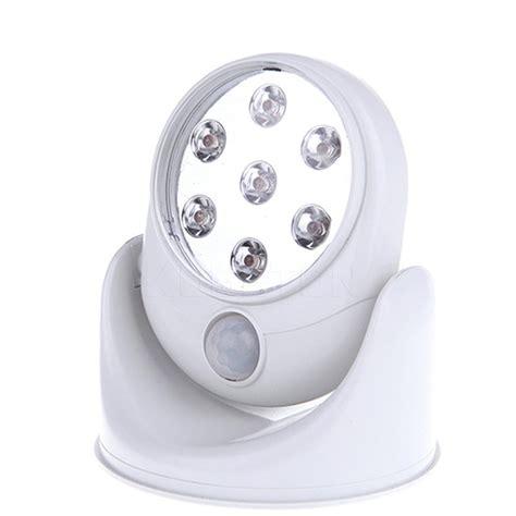 illuminazione senza fili faretto luce 7 led con sensore di movimento senza fili
