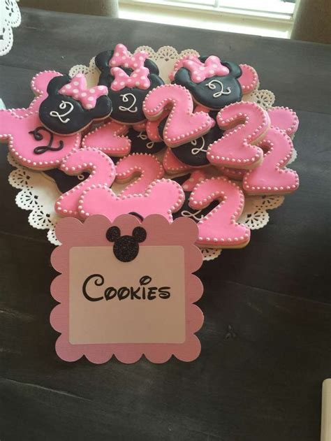 Minnie Decorations by 17 Best Ideas About Minnie Mouse On
