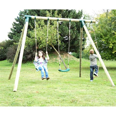 portique de jeux pour enfant en bois trait 233 autoclave cheyenne