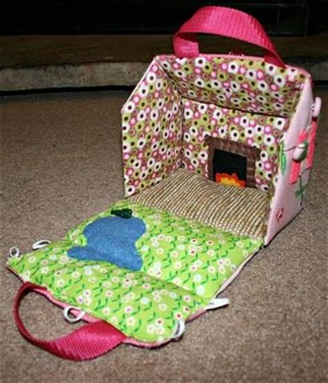fabric doll house 17 best images about doll house on pinterest felt doll house gingerbread houses and