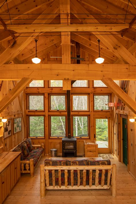 timber frame lodge   heart   white mountains