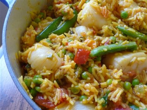 mediterranean style cooking fabulous mediterranean style scallop paella recipe food