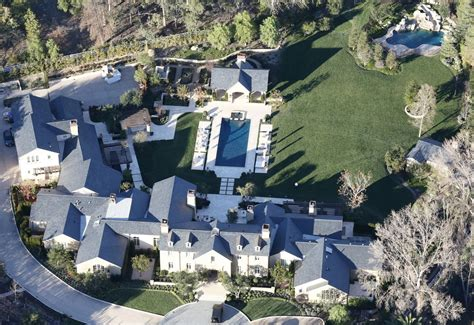 kim kanye house celebrity news celebrity homes kim kardashian kanye west home pictures glamour
