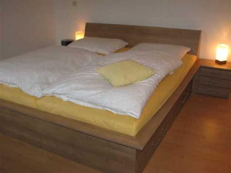Schlafzimmerschrank Mit Bett by Schlafzimmer M 252 Nchen F 252 Rstenried Bett Hochbett Schrank