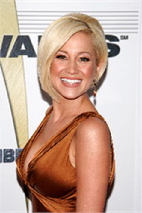 face shape for kelly pickler kellie pickler nyc extensions color cut celebrity hair style
