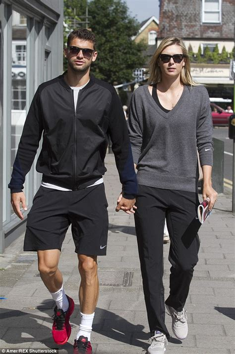 Splits With Boyfriend by Sharapova Split With Boyfriend Grigor Dimitrov