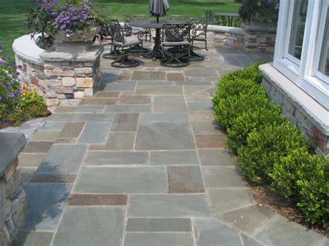 25 best ideas about bluestone patio on pinterest outdoor patio flooring ideas paving stone
