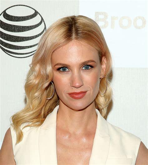 january jones actress hairstyles january jones medium wavy cut shoulder length hairstyles