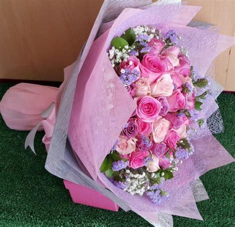 Bunga Artificial Mawar Sutera rangkaian bunga tahun baru mawar pink di alam sutera serpong
