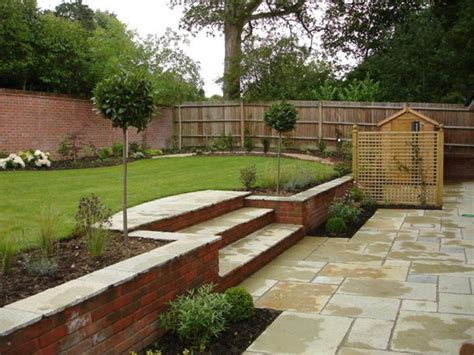 how to cope with wide shallow gardens alda landscapes