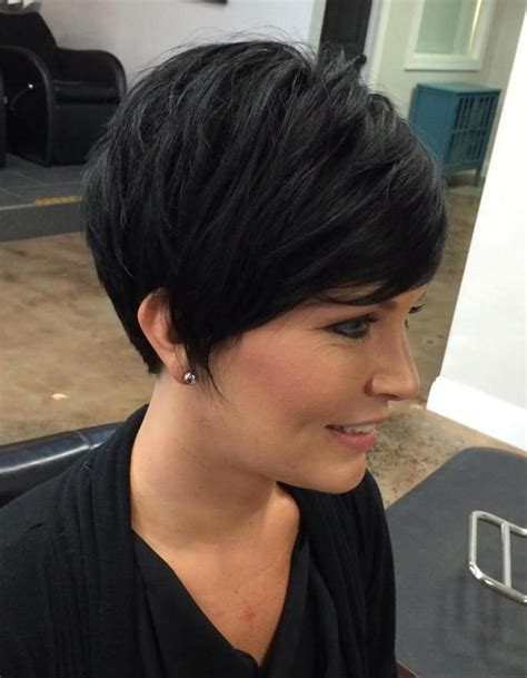 heavy bang pixie hairstyle best 25 cute pixie haircuts ideas on pinterest