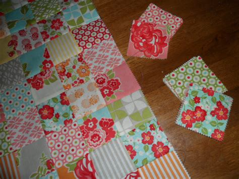 Charm Pack Quilt Patterns For Baby Quilts by Here Are Baby Quilt Patterns Using Charm Packs