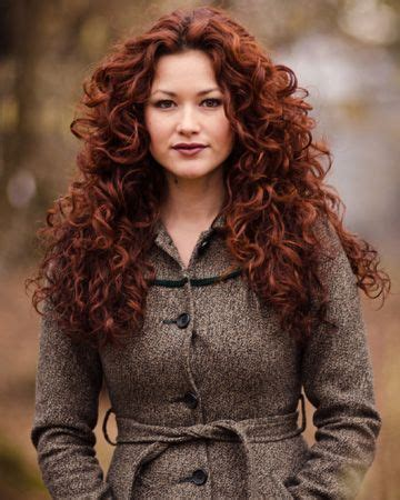 how to get raynor hair dark red hair curls 50 shades of red auburn red