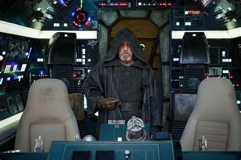 luke skywalker   cockpit   millenium falcon
