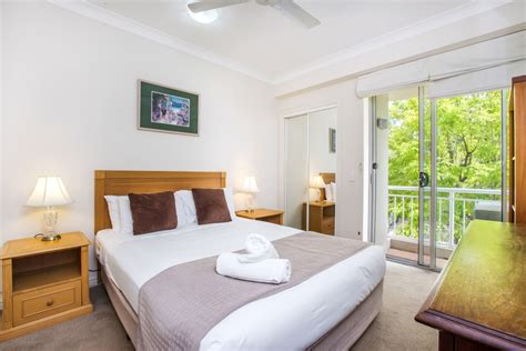 intown suites one bedroom apartment accommodation alternatives to brisbane hotels