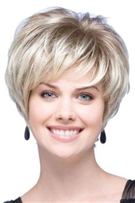 1990 short feathered wedge haircut short wedge haircut pictures bing images beauty shop