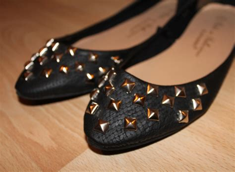 diy studs on shoes sweet monday uk fashion and lifestyle diy studded