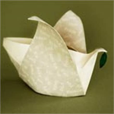 Origami Box Lantern - origami origami boxes containers and