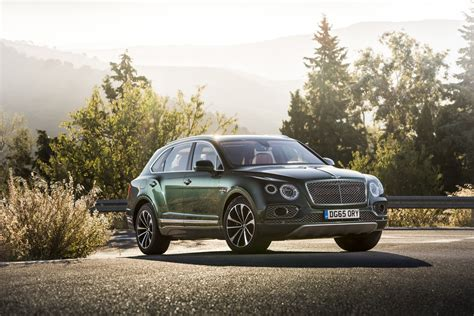 2017 bentley bentayga 2017 bentley bentayga first drive review