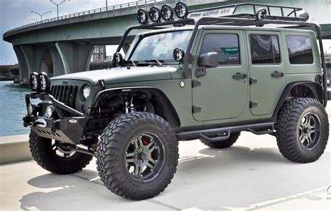 Customize A Jeep Custom Jeep Wrangler Unlimited Jeep Wrangler Wallpaper
