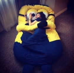 Bean Bag Bed With Blanket And Pillow Lit Minion Moi Moche Et M 233 Chant