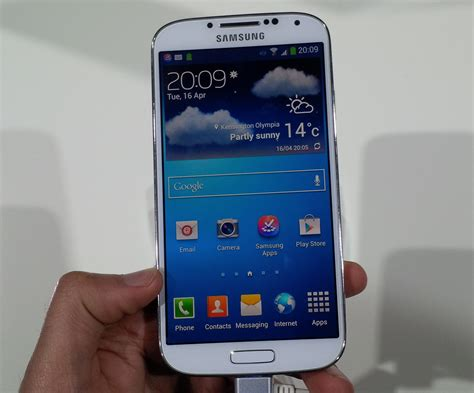 galaxy s4 pictures samsung galaxy s4 pictures it pro