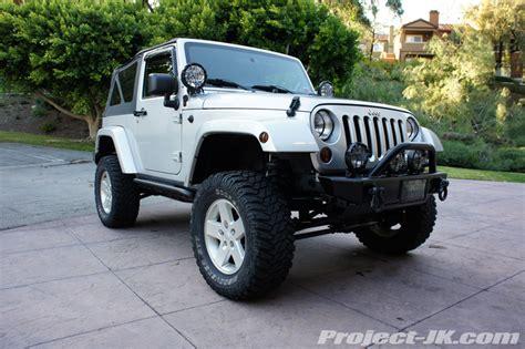 badass 2 door jeep say hello to vengeance the curmudgeon s 2 door