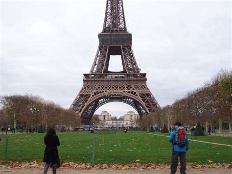 home of the eifell tower paris is building a 22 million barrier around the eiffel