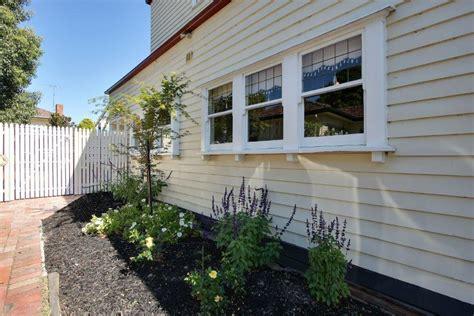 timber awning windows melbourne timber windows doors melbourne window awnings