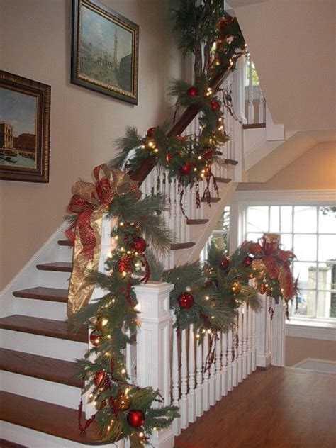 Dining Room Wall Decorations pate stairs christmas traditional staircase dallas